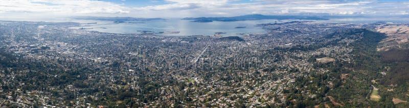 Antena da arquitetura da cidade na baía do leste, Califórnia do norte imagens de stock royalty free