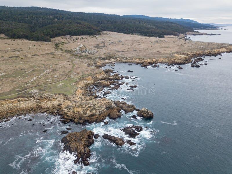 Antena da costa bonita de Sonoma em Califórnia do norte imagem de stock