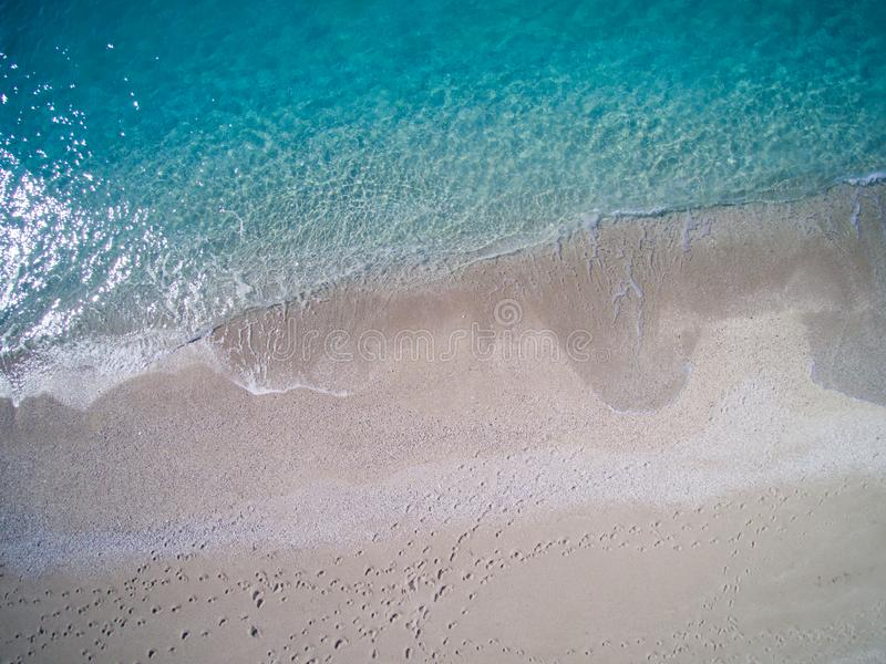 Antena da praia de Kathisma na ilha Grécia de Lwfkada imagem de stock