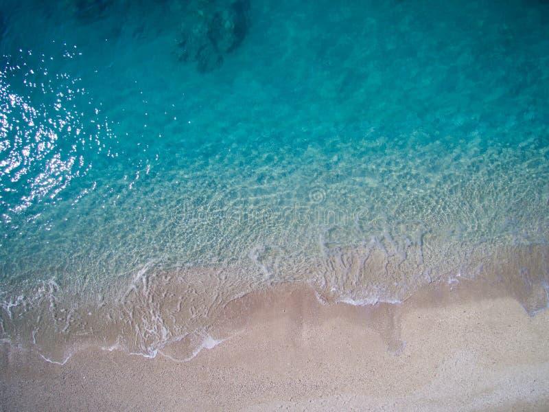 Antena da praia de Kathisma na ilha Grécia de Lwfkada imagens de stock