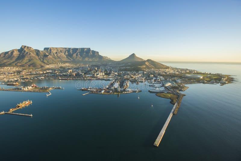 Antena de la montaña Suráfrica de la tabla de Ciudad del Cabo fotos de archivo libres de regalías
