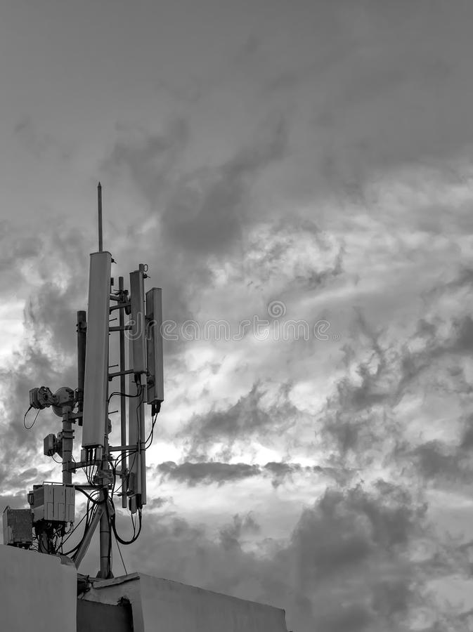 Antena del transmisor del G/M foto de archivo libre de regalías