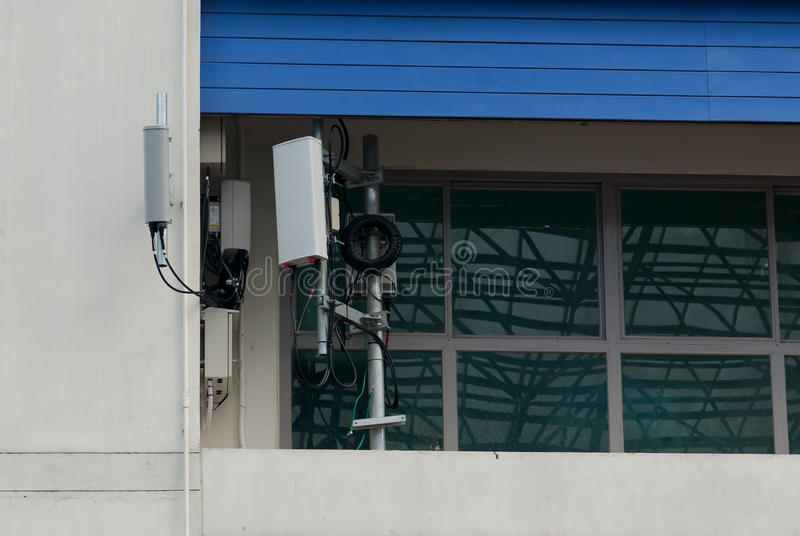 Antena exterior de Wifi imagens de stock