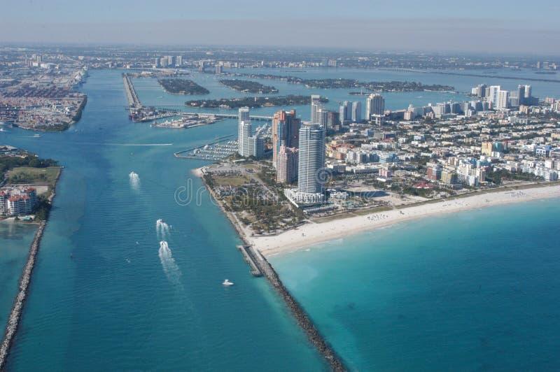Antena linia horyzontu i plaże rzędu cięcia, Miami, zdjęcia royalty free