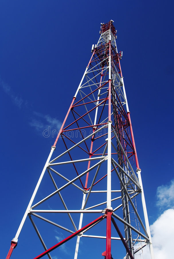 Antena móvel no céu imagens de stock royalty free