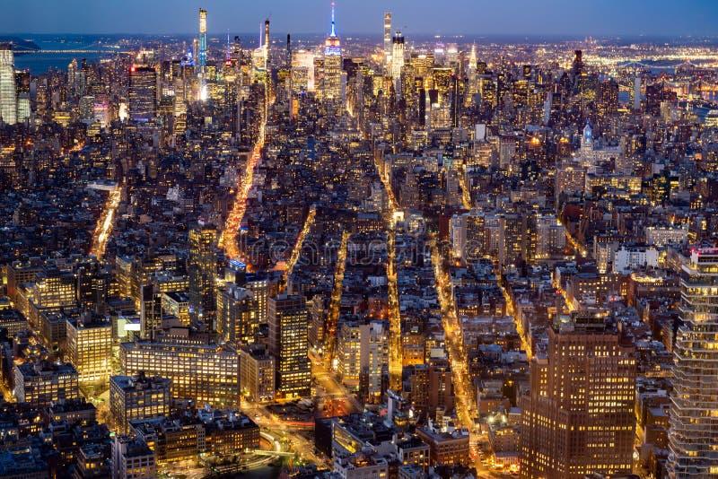 Antena meados de da cidade de New York City imagens de stock royalty free
