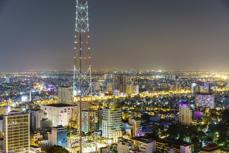 Antena na noite, Vietname de Saigon imagens de stock