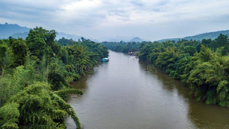 Antena strzelająca Kwai rzeka w Tajlandia zdjęcie royalty free