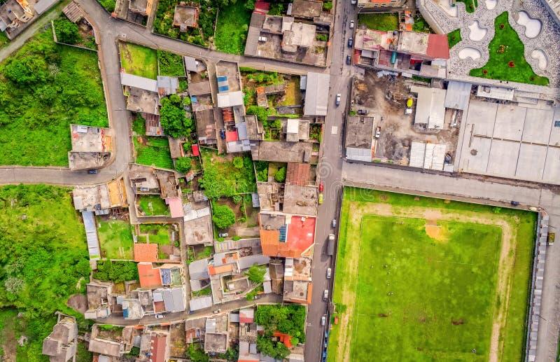 Antena Strzelająca Mały miasto W Andyjskich średniogórzach, Ekwador zdjęcie royalty free
