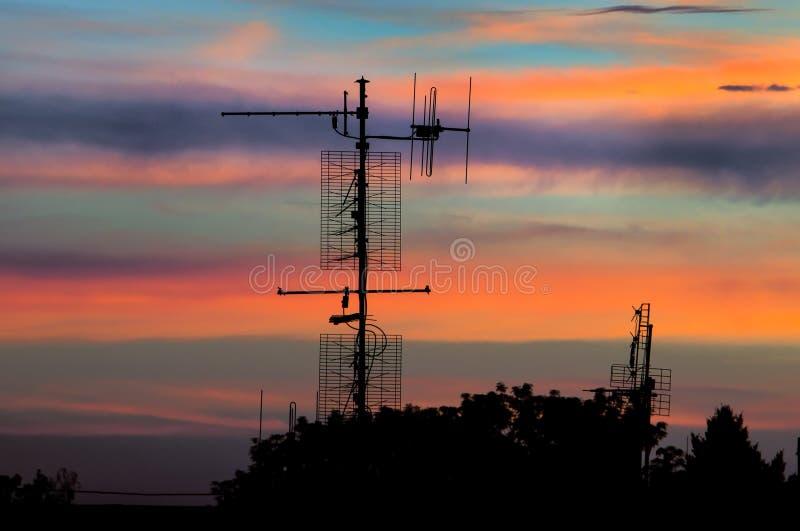 Antenas com por do sol fotos de stock royalty free