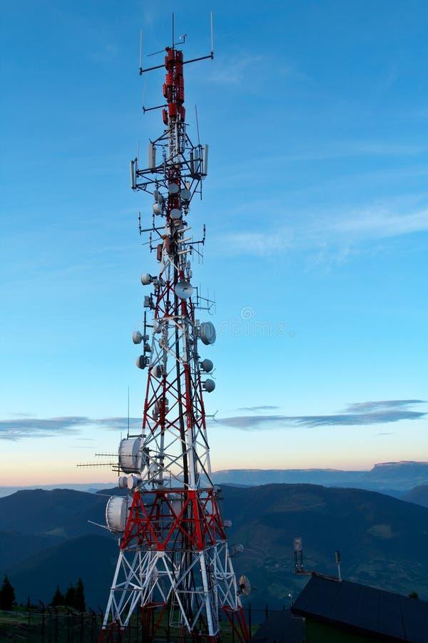 Antenas de Telecomunications imagen de archivo