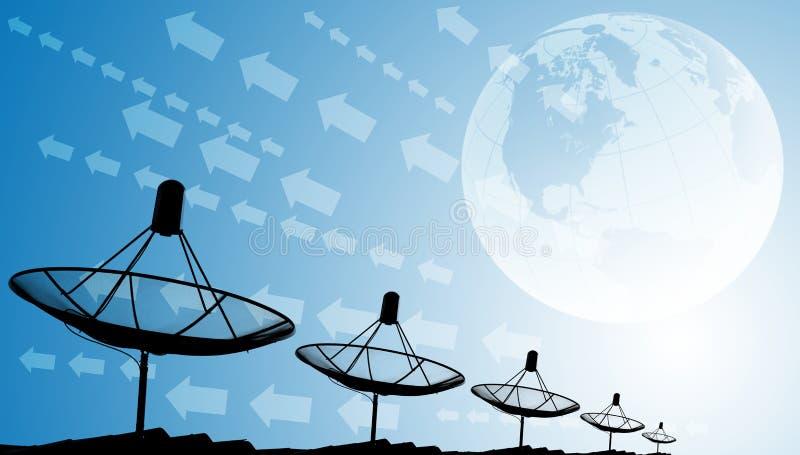 Antenas parabólicas no telhado com mundo e efeito gráfico, fundo da tecnologia imagem de stock
