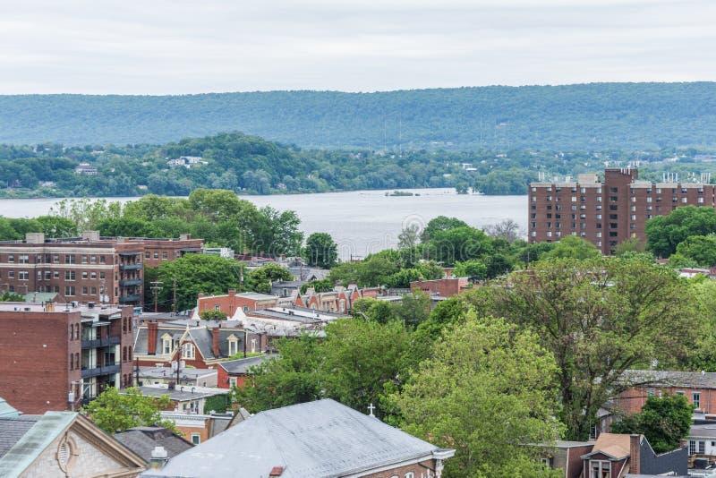 Antenn av historiska i stadens centrum Harrisburg, Pennsylvania bredvid royaltyfria foton