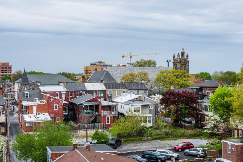 Antenn av historiska i stadens centrum Lancaster, Pennsylvania med bloomin fotografering för bildbyråer