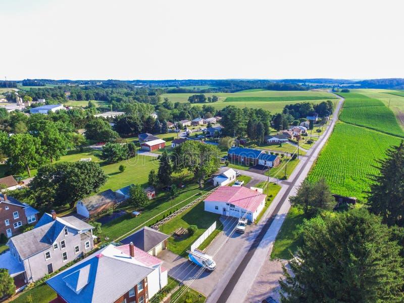 Antenn av Main Street område i Shrewsbury, Pennsylvania arkivfoto