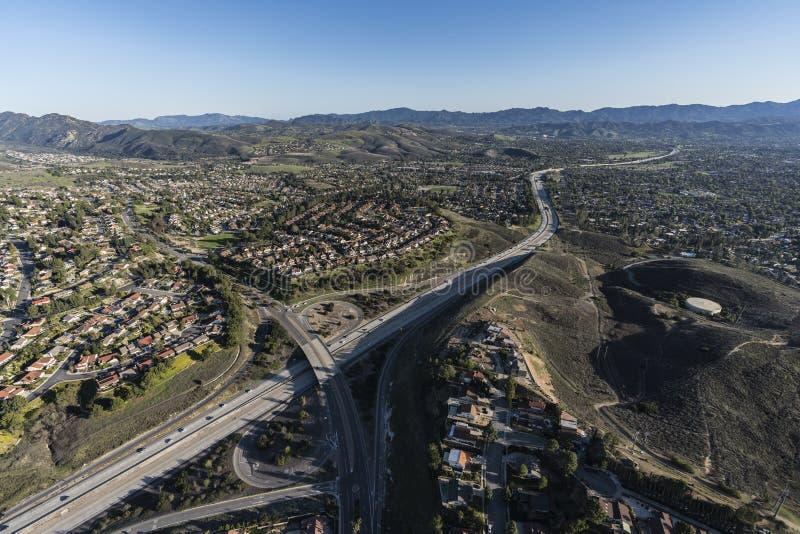Antenn för motorväg för Thousand Oaks Kalifornien rutt 23 royaltyfri bild