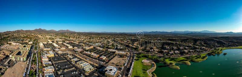 Antenn surr, panoramautsikt av springbrunnkullar, Arizona royaltyfri fotografi