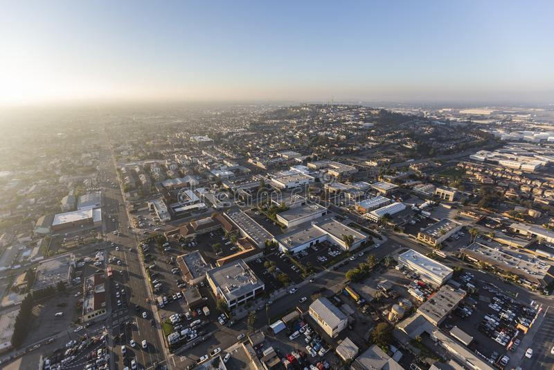Antenna di pomeriggio di California della collina del segnale e di Long Beach immagini stock
