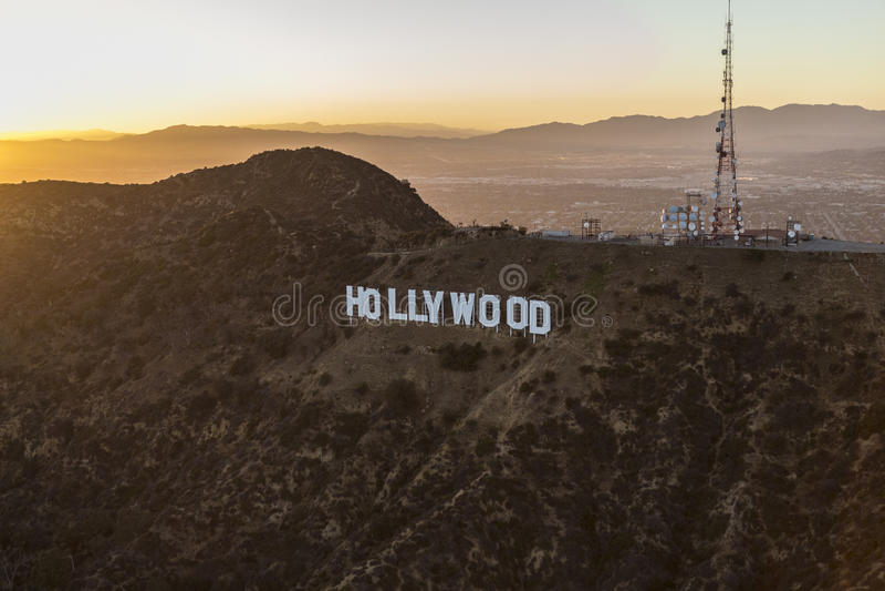 Antenna di tramonto di estate del segno di Hollywood immagini stock libere da diritti