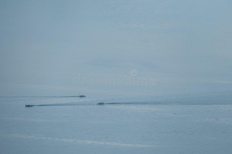 Antenna: Pescherecci nel lago Taal immagini stock