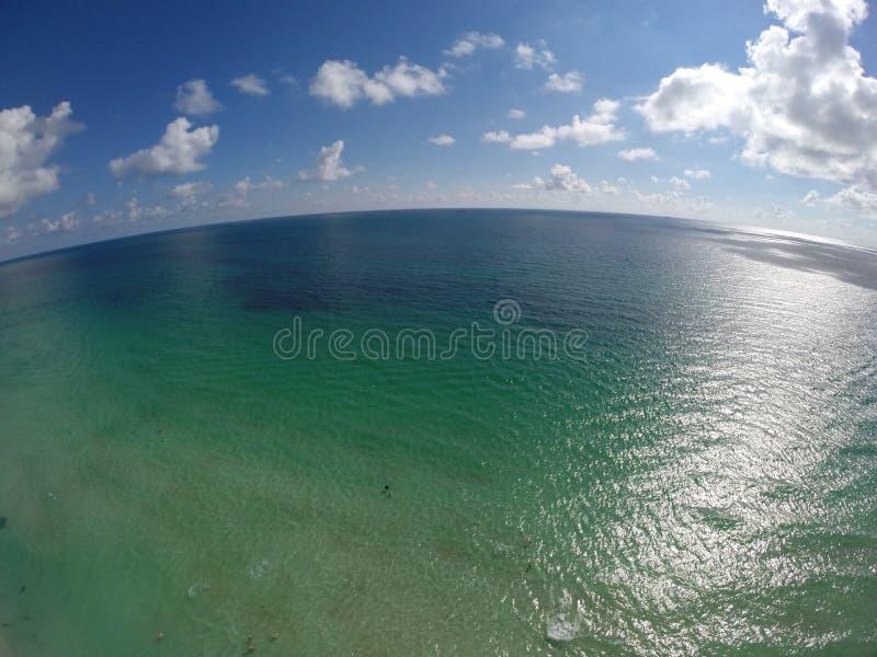 Antenna sopra l'oceano immagini stock libere da diritti