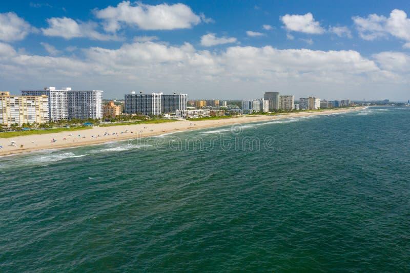 Antenna sopra la spiaggia FL della leccia dell'oceano immagini stock
