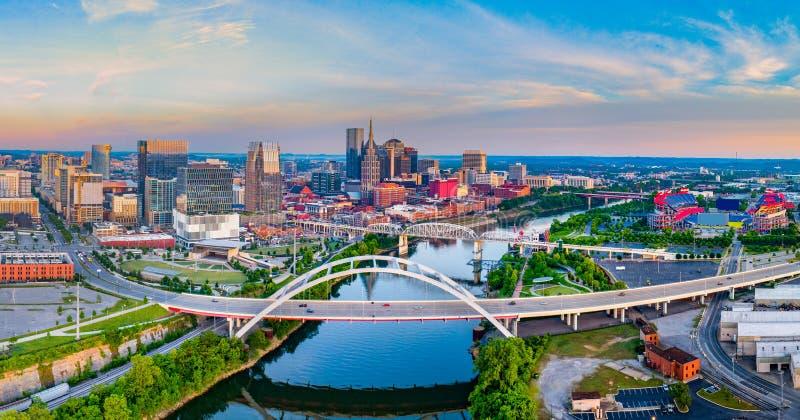 Antenne d'horizon de bourdon de Nashville Tennessee TN image stock