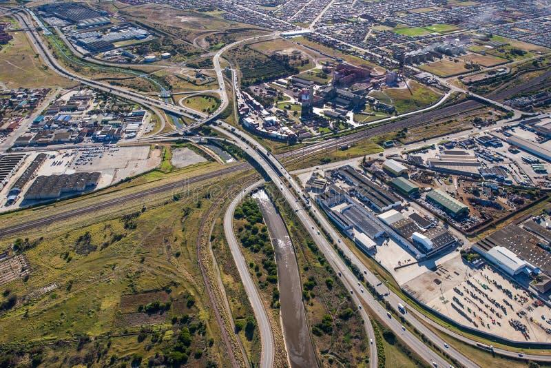 Antenne d'intersection d'autoroute en Afrique du Sud photographie stock libre de droits