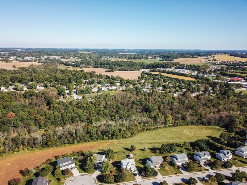 Antenne de la nouvelle liberté et des terres cultivables environnantes dans Penns du sud photo libre de droits