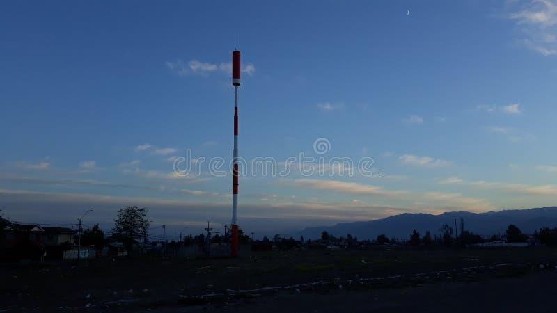 Antenne de télécommunications image stock