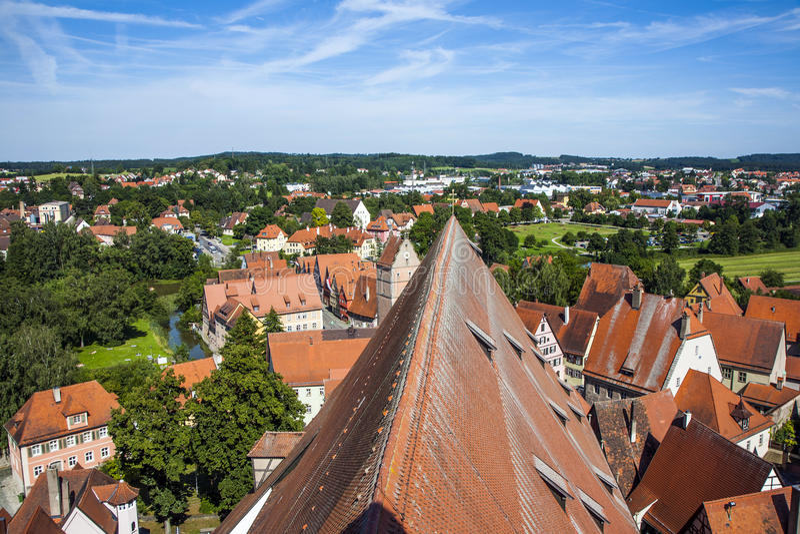 Antenne der alten mittelalterlichen Stadt stockfotografie