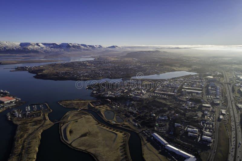 Antenne des banlieues de Reykjavik image libre de droits