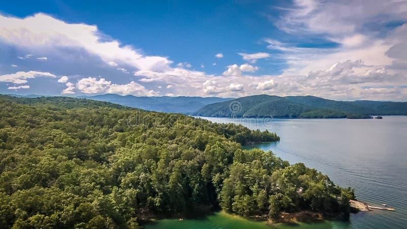Antenne des montagnes du sud de Carolina Lake Jocassee Gorges Upstate images stock