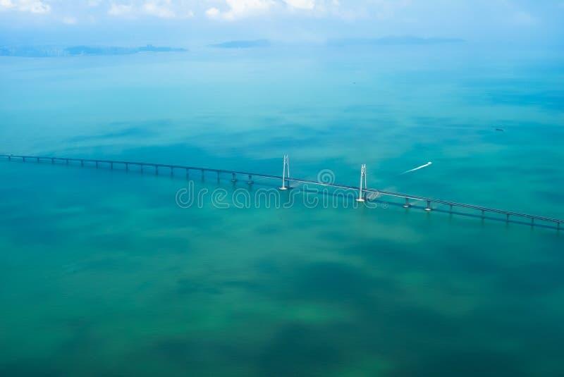 Antenne die Brücke lizenzfreie stockfotos