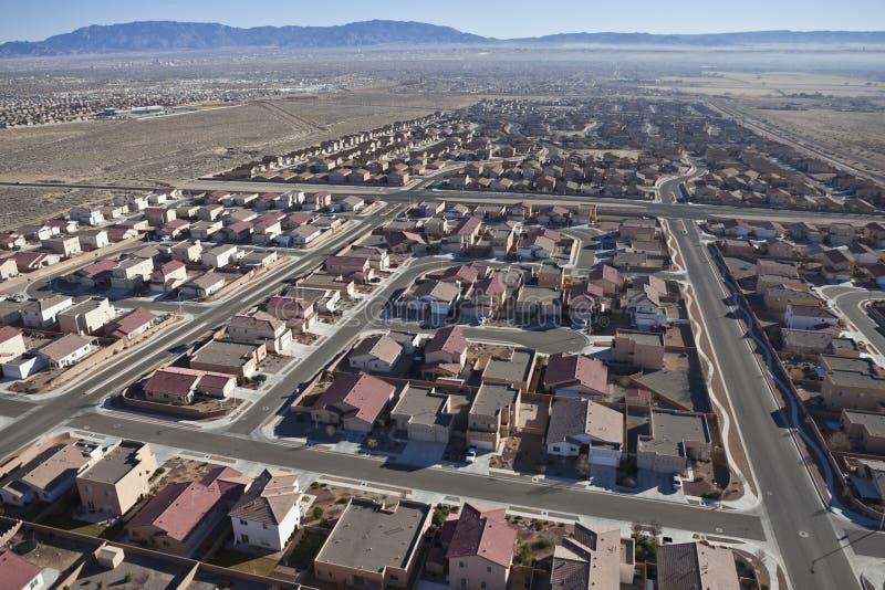Antenne suburbaine de subdivision de désert images libres de droits