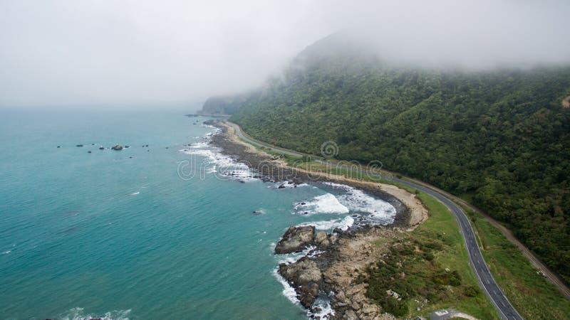 Antenne van de kust in Kaikoura Nieuw Zeeland stock afbeelding