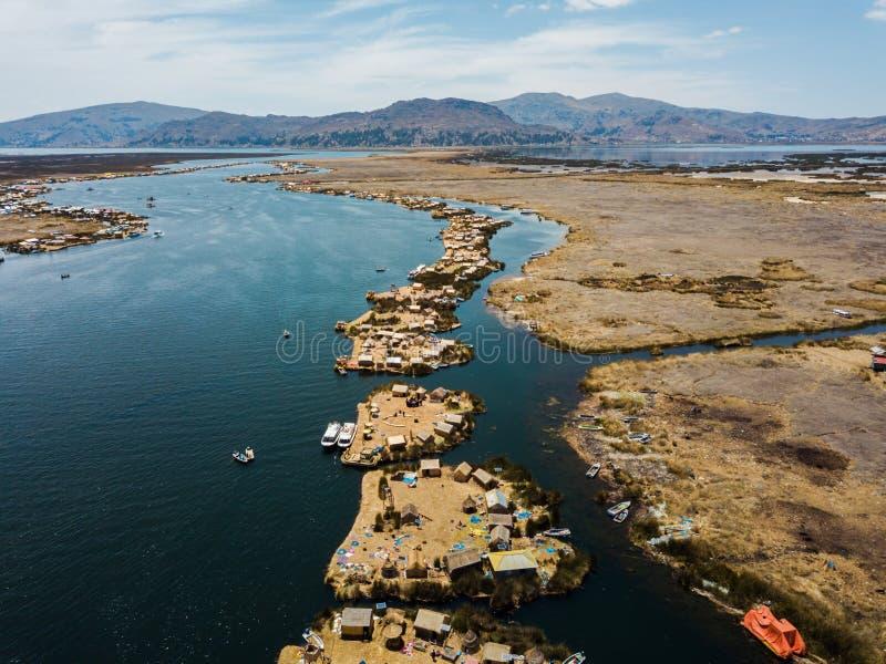 Antenne van drijvende eilanden stock foto