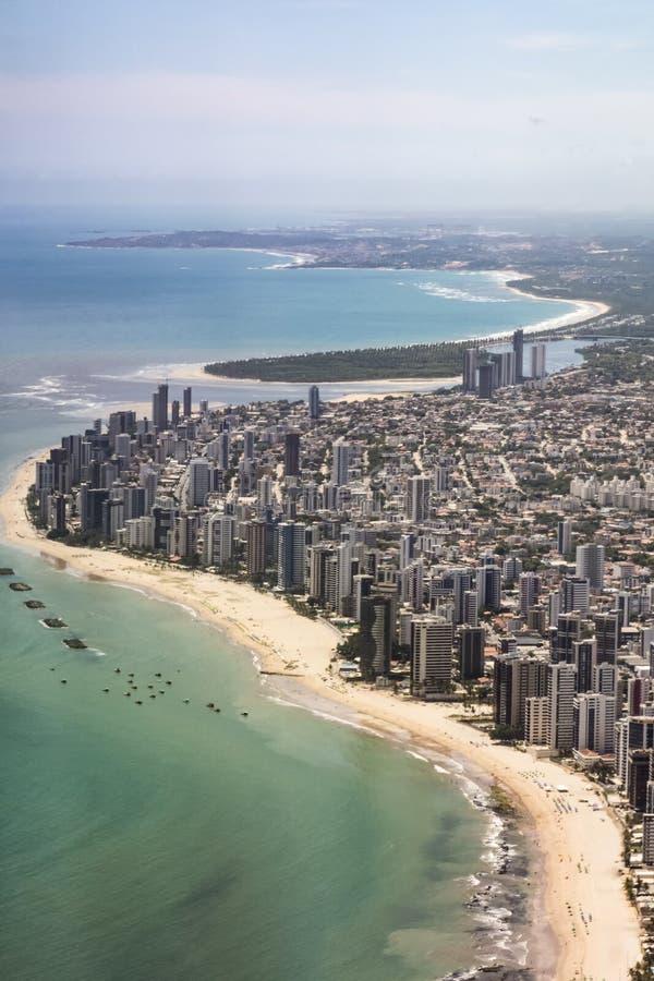Antenne van het strand van Boaviagem in Recife, Brasilia stock afbeeldingen
