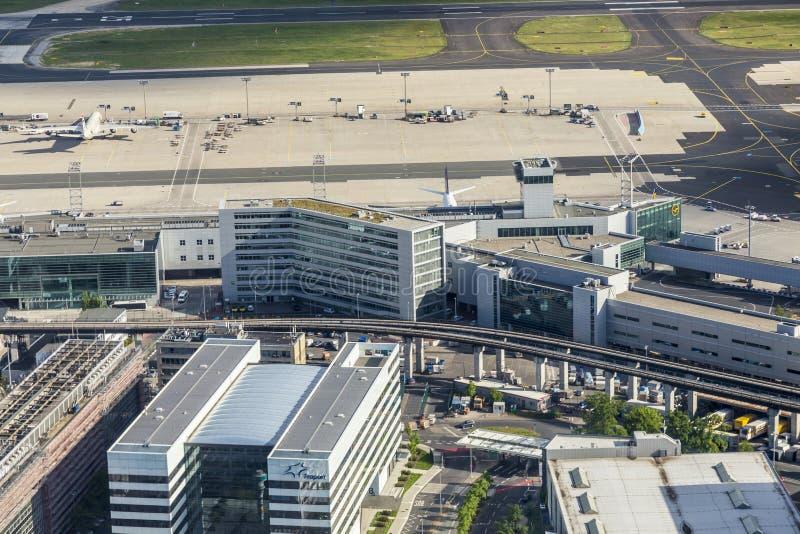 Antenne van luchthaven in Frankfurt stock foto