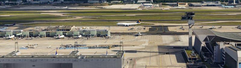 Antenne van luchthaven in Frankfurt stock foto's