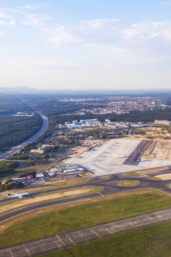 Antenne van luchthaven Rijn-Leiding royalty-vrije stock foto