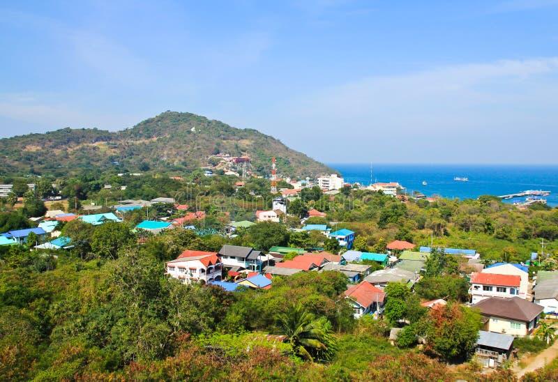 Antennen beskådar av den Sichang ön royaltyfri foto