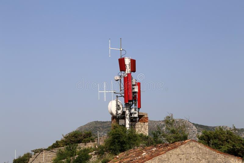 Antennensysteme für Telekommunikation lizenzfreies stockfoto
