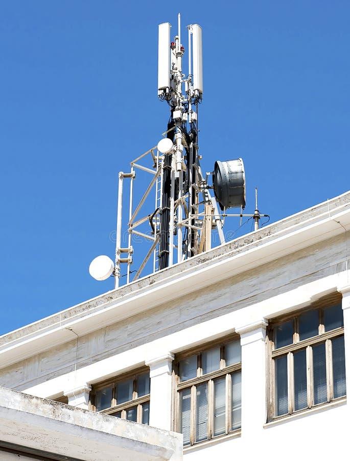 Antennes de t?l?communication de t?l?phone portable photographie stock libre de droits
