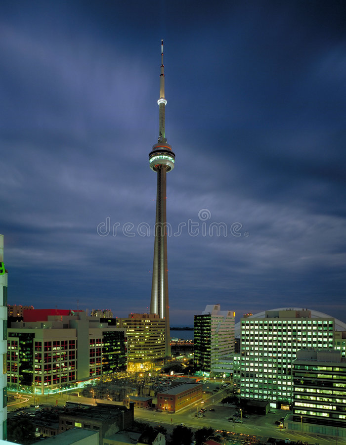anteny wieży cn widok obrazy royalty free