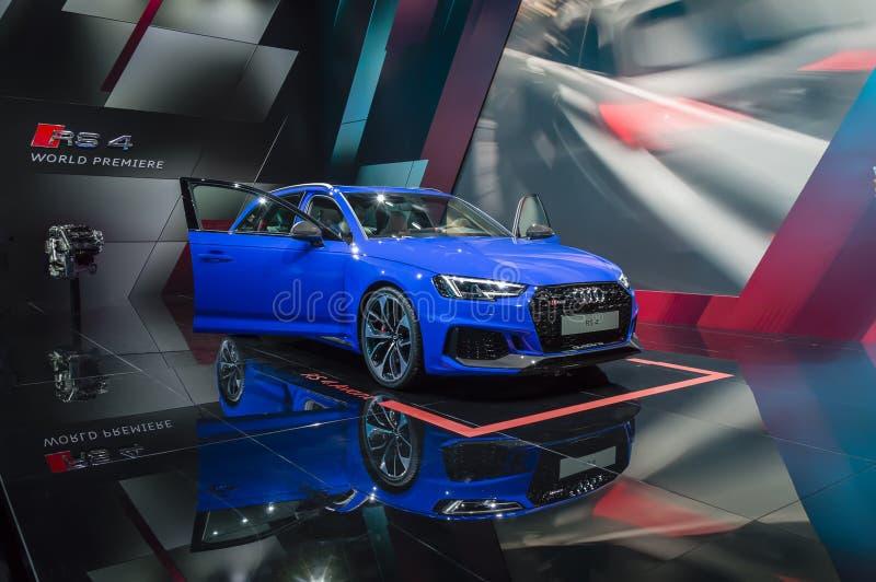 Anteprima mondiale di quattro di Audi RS4 al salone dell'automobile di IAA Francoforte fotografia stock