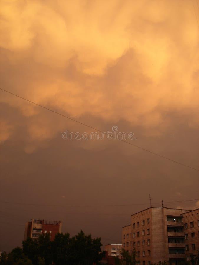 Antes de la tormenta imagenes de archivo