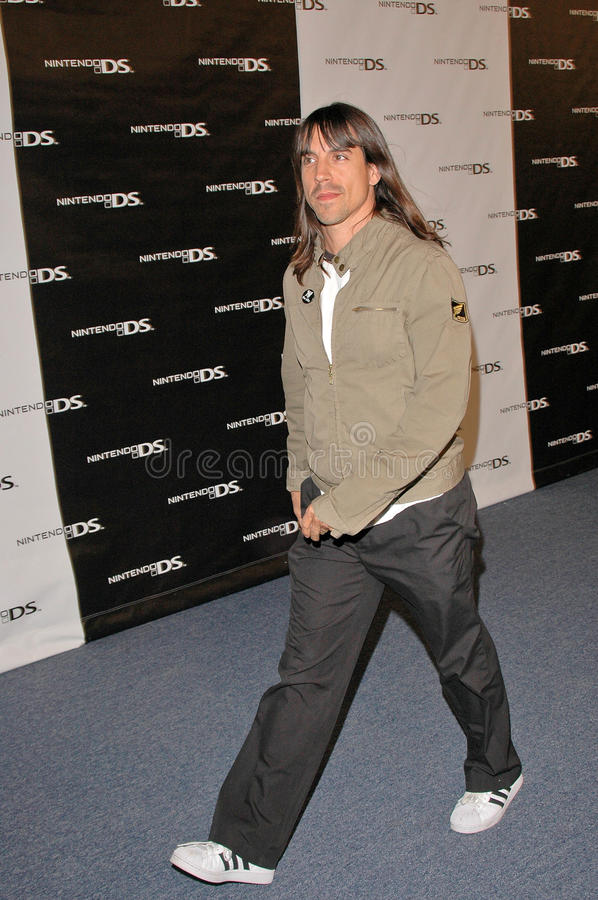 Download Anthony Kiedis redaktionell arkivfoto. Bild av anthers - 37344258