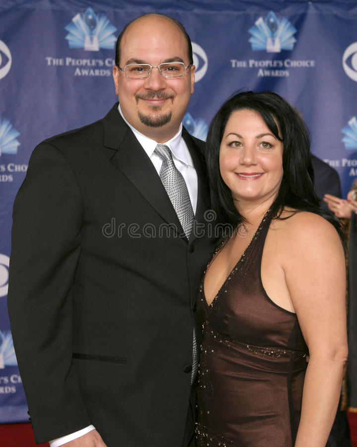 Download Anthony Zulker And Wife Editorial Photo - Image: 31852891