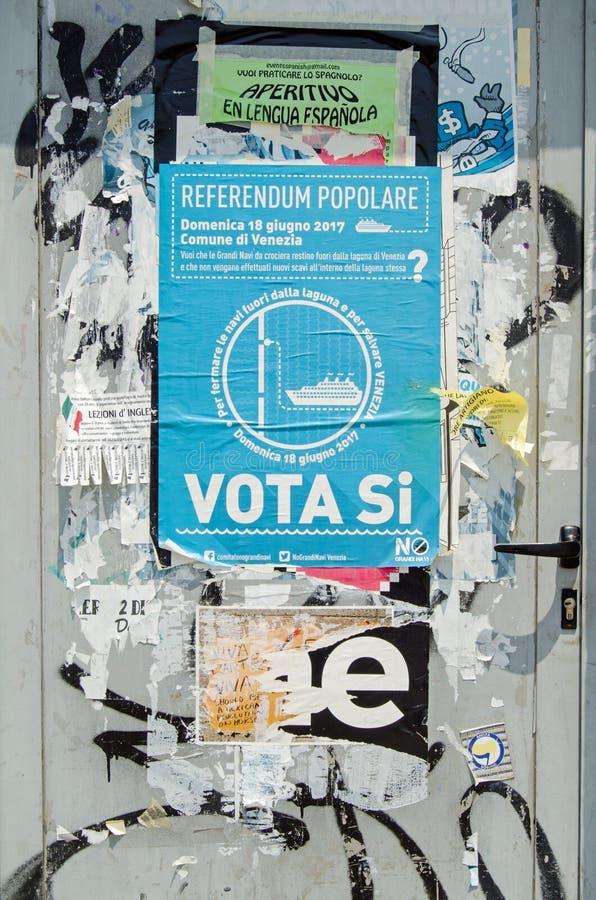 Anti-affisch för kryssningskepp, Venedig royaltyfri fotografi